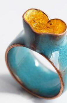 Anillo Azul, Corazón de Oro